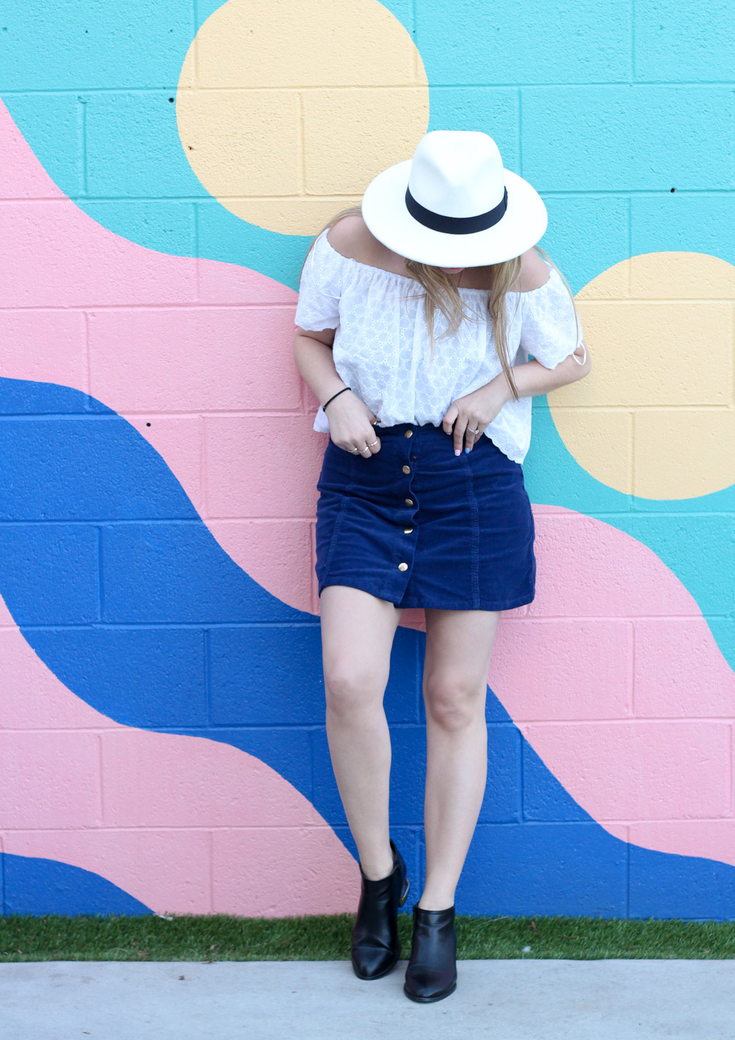 white-off-the-shoulder-top-chicago-fashion-blogger-4