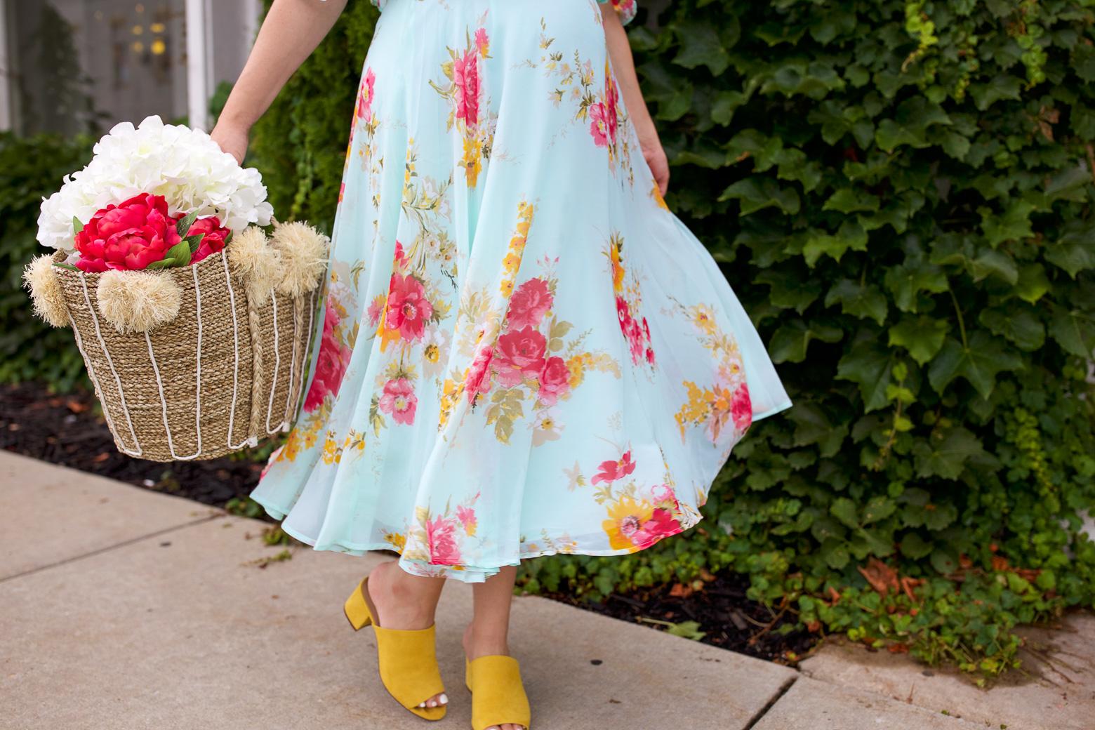 Baby Shower Dress Ideas ~ Baby shower dress idea floral midi dress