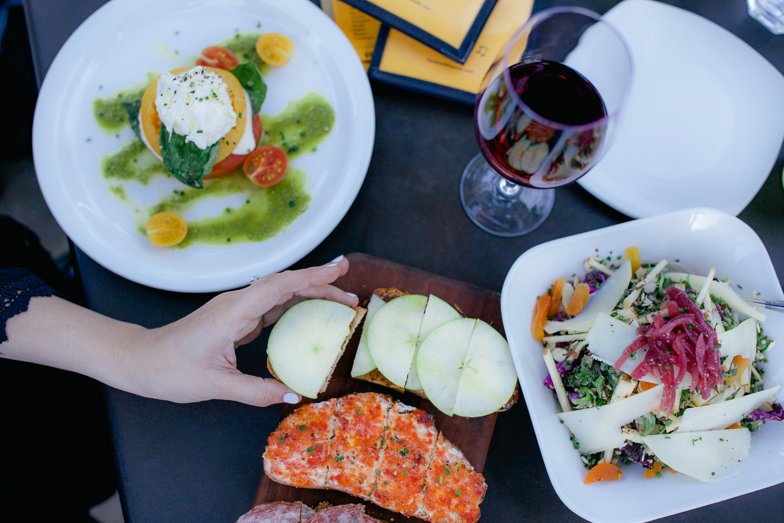 Chicago lifestyle blogger is sharing the best restaurants in scottsdale