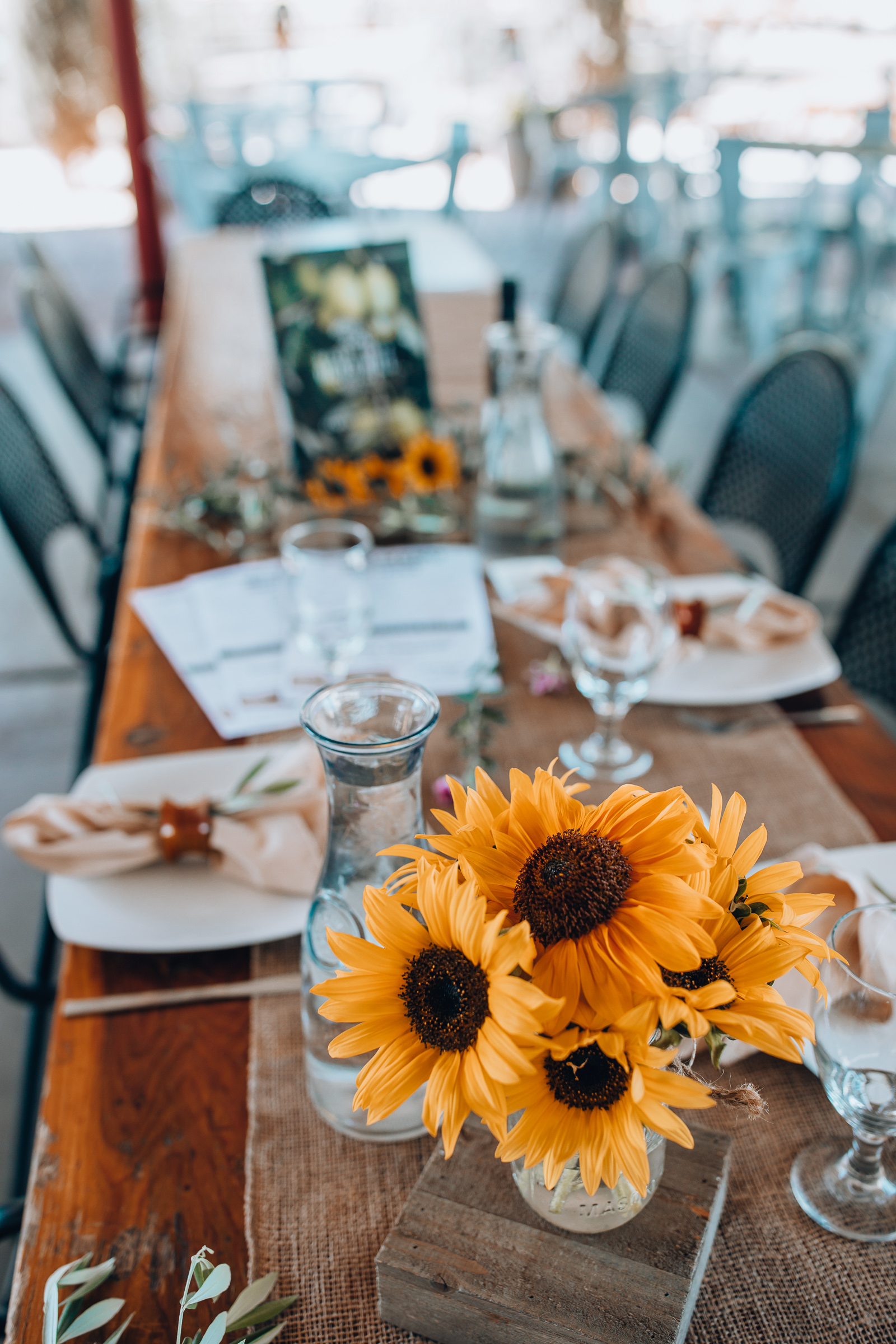 Chicago lifestyle blogger is sharing a Phoenix Arizona Travel Guide. Learn more about the best restaurants in scottsdale, eat, play & things do in Arizona   FRESH FOODIE TRAIL