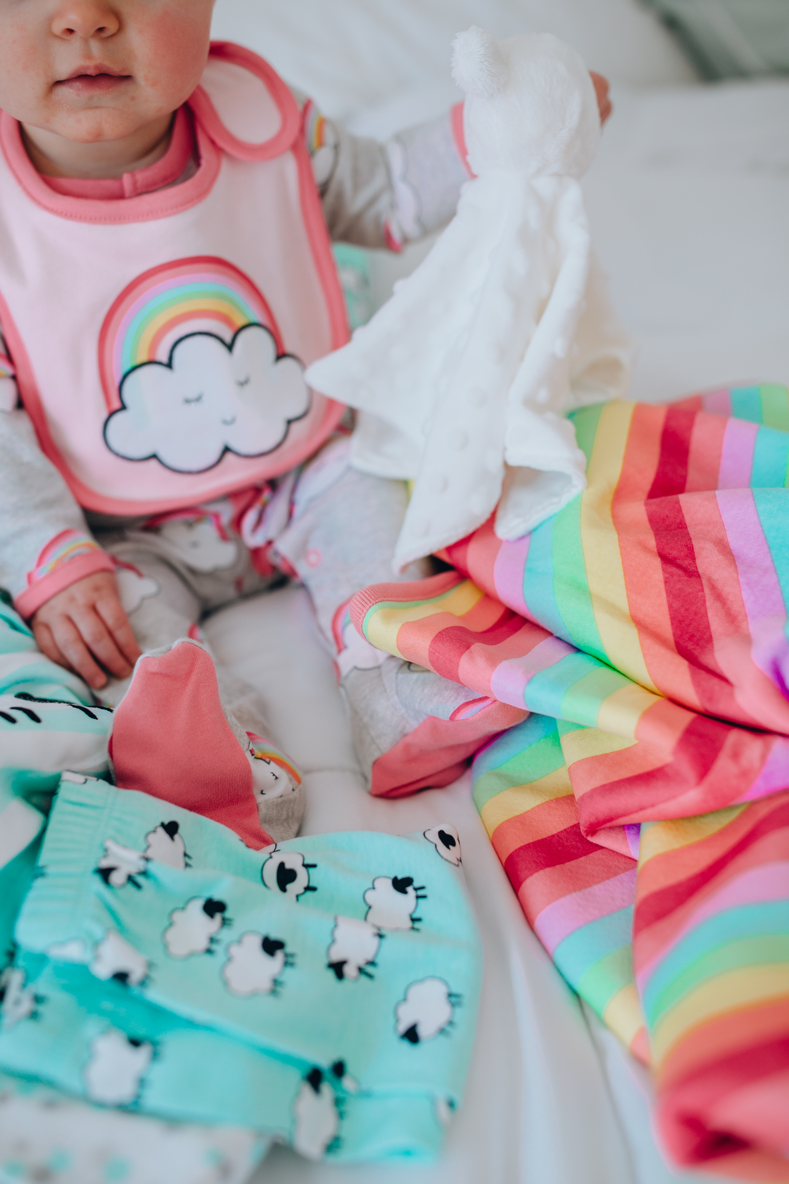 Chicago lifestyle blogger Happily Inspired shares road trip hacks with a baby! Plus Children's Place Bundles outfits that are easy-on-the-go!