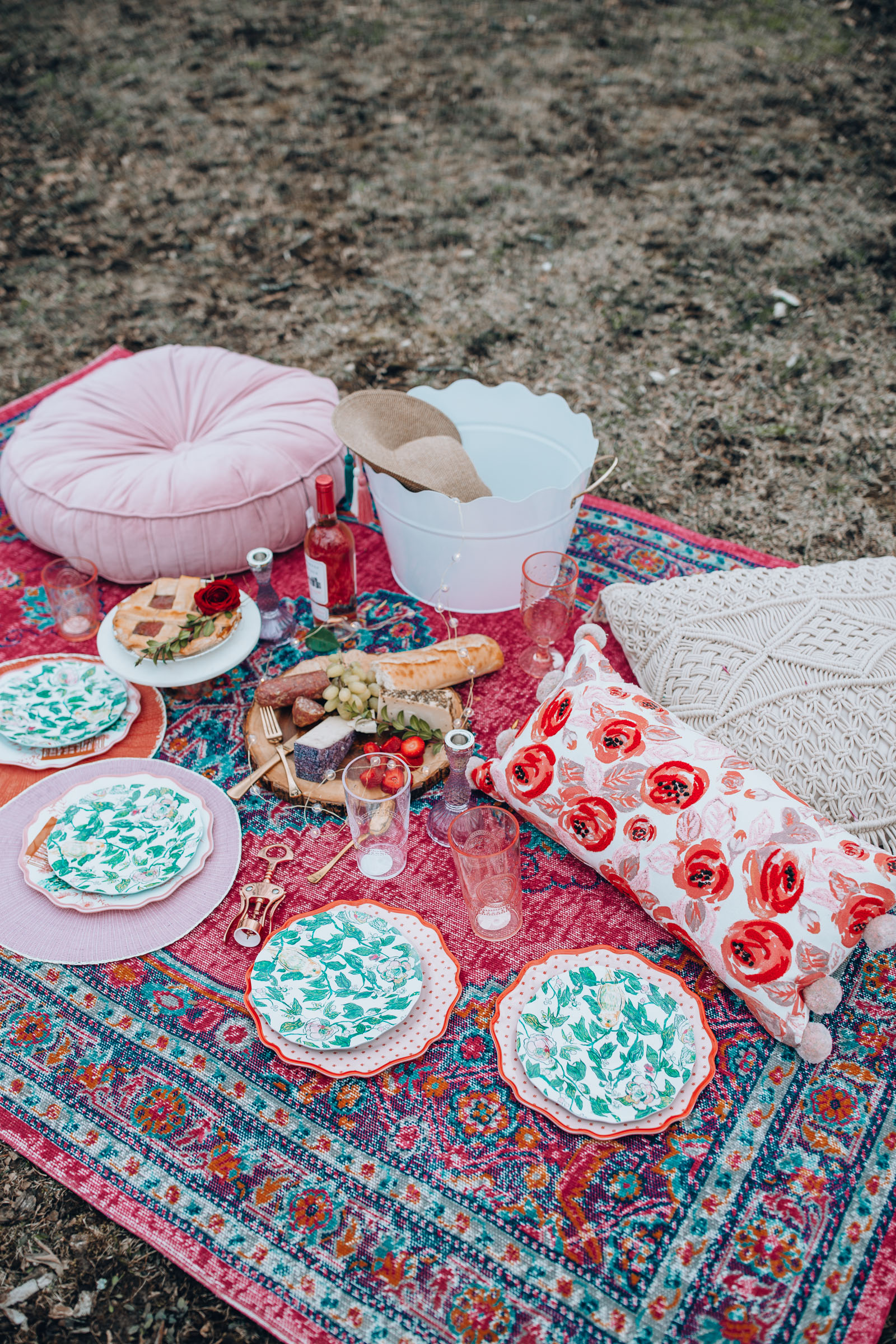 how to style a mother's day picnic | Chicago Lifestyle Blogger