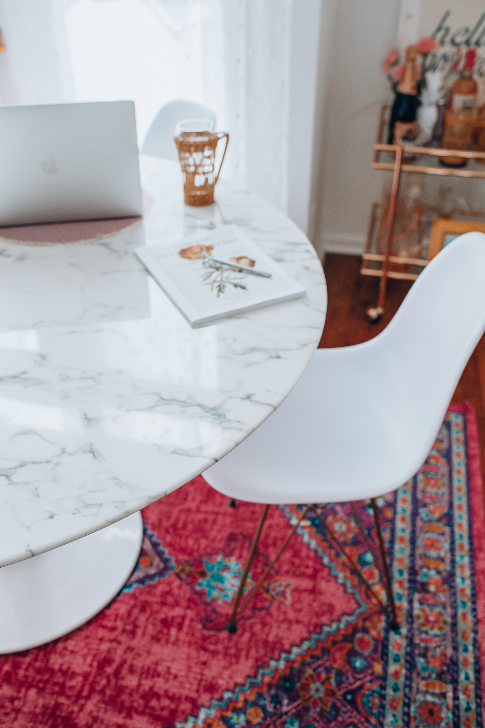 White Marble Kitchen Table