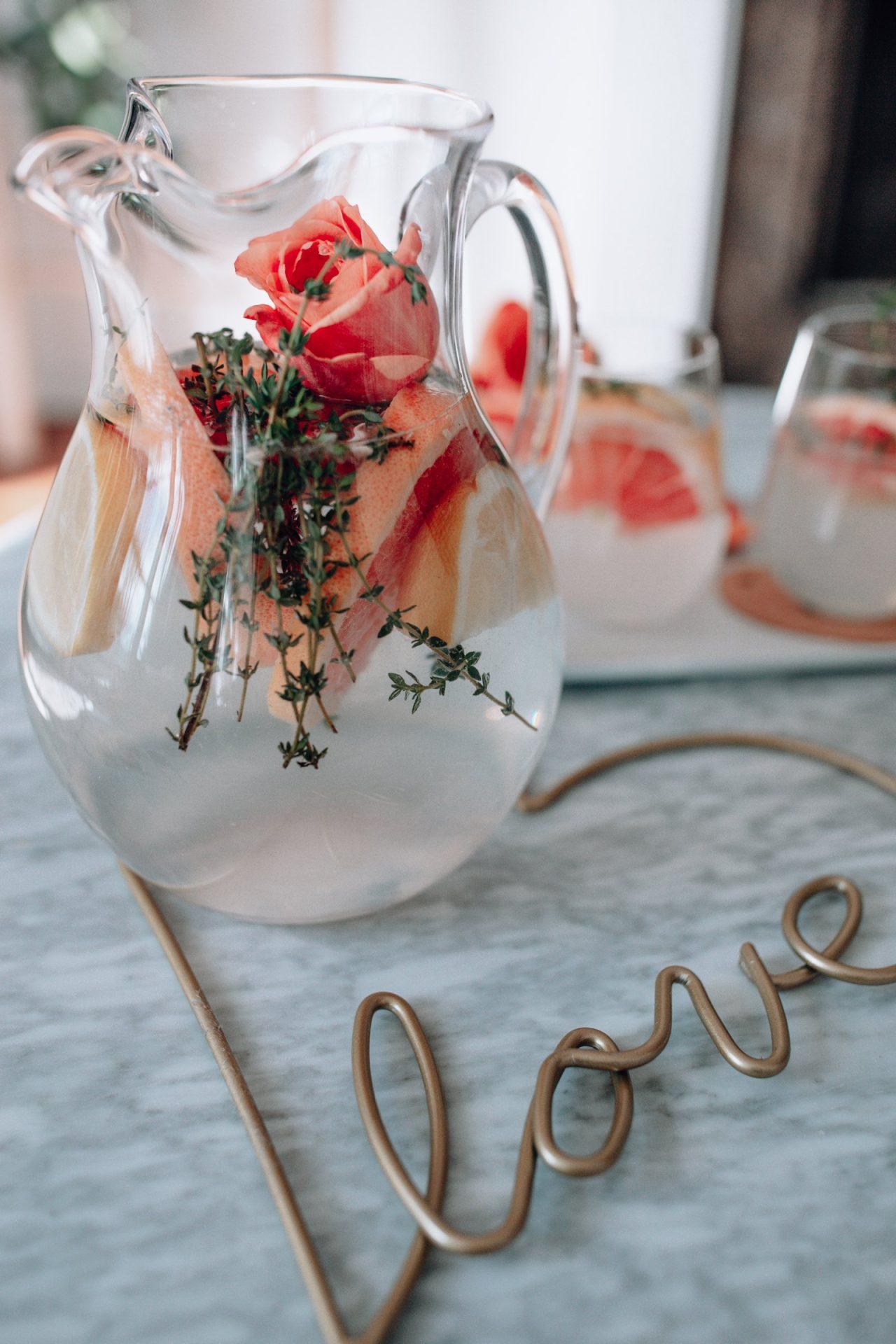 gin grapefruit cocktail, valentines day cocktail, grapefruit juice cocktails