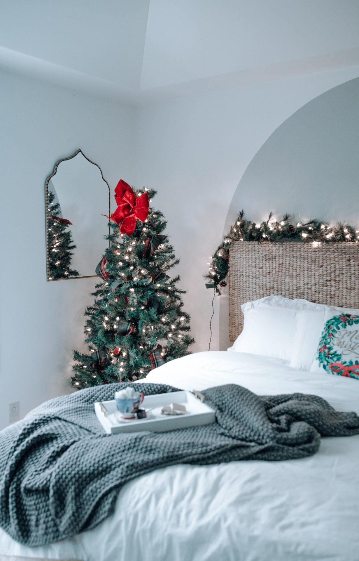 holiday bedroom decor